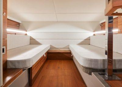Sea Ray Sundancer 320 Hors Bord chambre